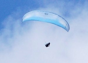Hang-glider over Brecon (July 2014).